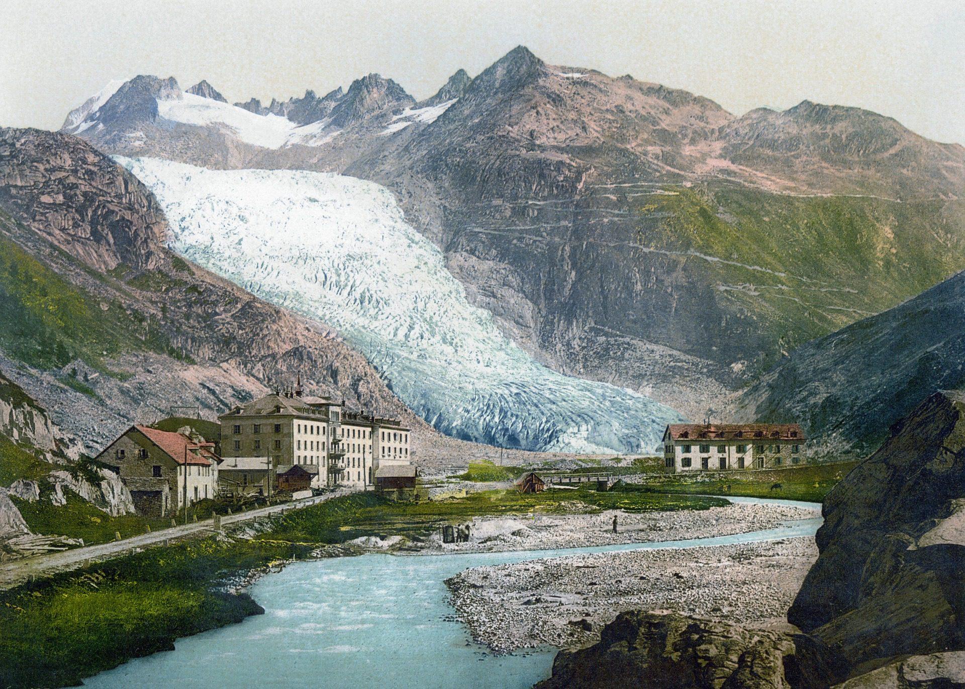 Gletscherschwund. Sichtbare Folgen des Klimawandels durch Treibhausgase wie Kohlenstoffdioxid (CO₂)